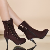 Fashionable Criss-Cross and Flock Design Boots