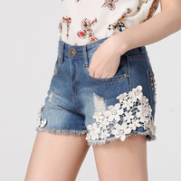 Women's Pearl Lace Hole Denim Shorts