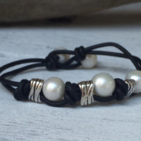 Hand knotted freshwater pearl bracelet, leather and pearls, leather and pearl bracelet, pearl bracelet, freshwater pearl bracelet