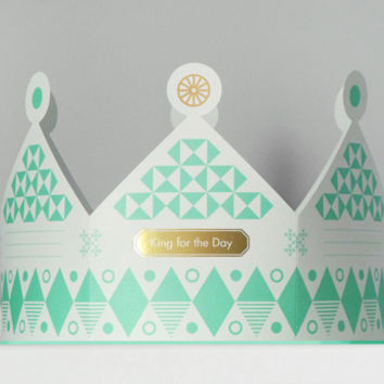 Present&Correct - Crown Card