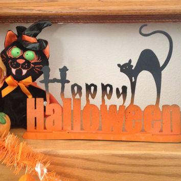 Happy Halloween sign, Halloween Metal Art, Halloween Decorations, Halloween Indoor Decor, Halloween