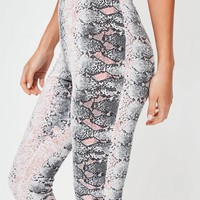 Missguided - Grey Snake Print Crop Leggings