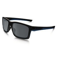 Oakley Sunglasses - Mainlink - Polished Black Navy, black Iridium - OO9264-18