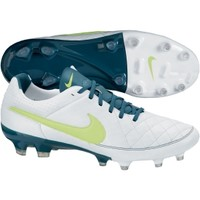 Nike Women's Tiempo Legacy FG Soccer Cleat