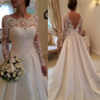 Fashion new lace long sleeves hollow back wedding dress white dress retro tail wedding dress Slim thin