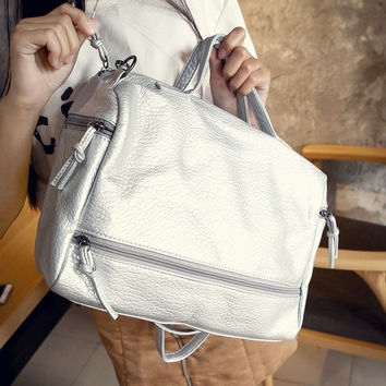 Women Classical Chic Bag On Sale = 4457678852