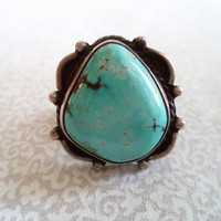Turquoise pinky ring/ vintage Native style ring size 4/ light turquoise blue color stone/ gorgeous vintage tribal boho bohemian pinky ring