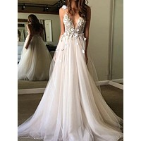 Tulle Prom Dresses White Beaded 3D Flowers V Neck Elegant Evening Dresses