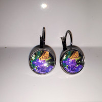 Mother's Day Jewelry, Handmade photo earrings. Butterfly photo, glass dome, leverback style, 12mm diameter