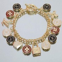 ONETOW LV Woman Fashion Logo Plated Bracelet For Best Gift