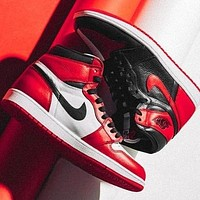 inseva Nike Air Jordan Retro 1 Classic Popular High Top Contrast Sports Shoes Sneakers White&Black&Red