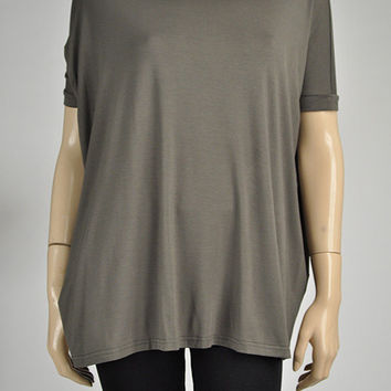 PIKO TOP - Army Green Short Sleeve Top - OOTD - Dolman Top - Gifts for Her