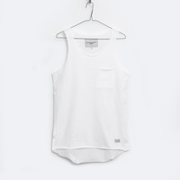 Basic Raw-Cut Elongated Tank Top in Off-White