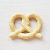 Wooden baby teether Pretzel Baby shower Teething toy Wood ring Baby teething ring Toys for babies Eco friendly Organic Grasping toy