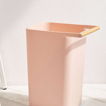 Como Trash Can   Urban Outfitters