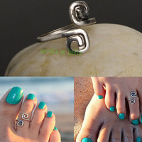 Retro metal twist the crural give up 8 knuckle ring good luck