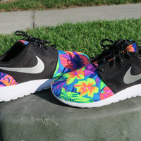 Custom tropical Tahitian Nike Roshe Black White Metallic Women hawaiian