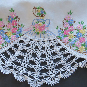 Vintage Southern Belle Crochet Embroidered Pillowcase - Single - Victorian Lady - Vintage Bedding Sheets - Shabby Chic