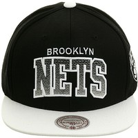 Mitchell and Ness NM70z Brooklyn Nets Snapback Hat - Black, White