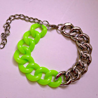 FREE SHIPPING--Lime Green and Silver Chain Bracelet--Silver bangle--Summer, spring, green chain bracelet, chain bracelet, silver bracelet