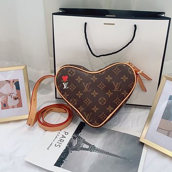 LV new fashion love leather shoulder bag messenger bag
