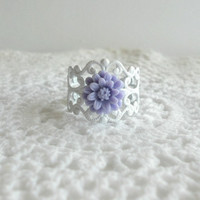 Purple Daisy Flower Ring Vintage Style by theblackstarboutique