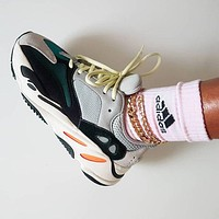 Adidas Yeezy Boost 700 V2 classic men and women all-match sneakers shoes