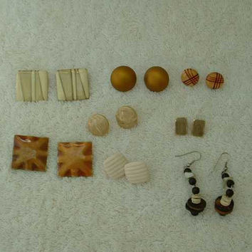 Lot of 8 Pairs Brown Beige Earrings Pierced Enamel Button Dangle Jewelry