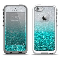 The Aqua Blue & Silver Glimmer Fade Skin Set for the iPhone 5 LifeProof Fre Skin