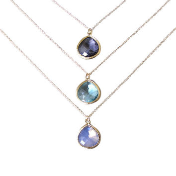 Gold Glass Pendant Necklace