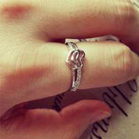 YAN & LEI Alloy Double Hearts Ring