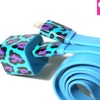 Funky Cheetah (Blue) iPhone 5 Charger