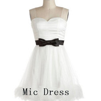 Sweetheart sleeveless mini white organza and satin with sashes bow short Prom/Evening/Party/Homecoming/Bridesmaid/Cocktail/Formal Dress