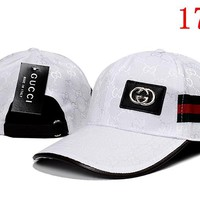 Gucci Embroidered Hat Baseball Cap Hat 1749