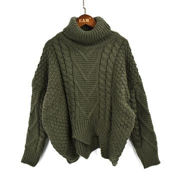 HEAVY CABLE-KNIT TURTLENECK