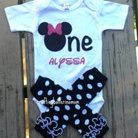 Minnie First Birthday Onesuit, Personalized Minnie Mouse Onesuit, Minnie Mouse Birthday Outfit, Minnie Birthday Shirt, Minnie Onesuit, Glitter