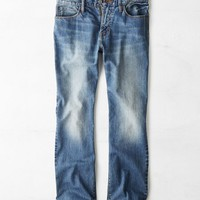 AEO Men's Classic Bootcut Jean (Medium Worn)