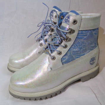 Chelise iridescent oil slick white leather Timberland ankle boots pretty ooak pastel holographic rainbow size UK 5 EUR 38 US 7.5