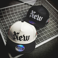 Fashion Hip Hop Embroidery Leather NEW Snapback Caps Hats For Men Women Summer Casual Outdoor Baseball Cap Leather Hat ( Black , White ) = 1917032132