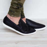 Wander Off Loafers - Black