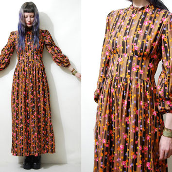 70s Vintage FOLK Floral DRESS Long Maxi Cotton Geometric Boho Bohemian Hippie Puff Sleeve Prairie 1970s vtg XS