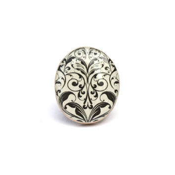 White Damask statement ring . Wood ring . Damask Cocktail ring . Wood jewelry . Eco Friendly jewelry .