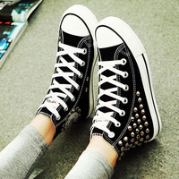 Personality Punk Rivet High-top Canvas Shoes
