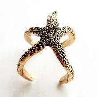 Goth Punk Golden Alloy Starfish Design Unisex Lady Men Woman Finger Ring
