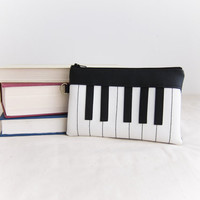 Piano Pouch / Clutch by buluchu on Etsy