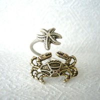 crab ring with a shell wrap style