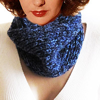 Chunky knitted scarf, navy blue, winter fashion scarves, infinity scarf, handmade scarf, cowl, womens fashion, men's scarves,handmade scarf
