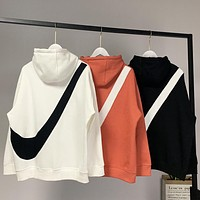 NIKE New fashion bust embroidery hook and back hook print couple hooded long sleeve sweater top