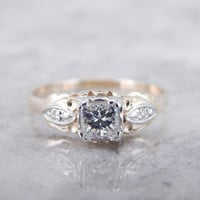 Vintage Engagement Ring With Square Cut Diamond HQD3N3-N