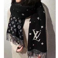 Onewel LV fashionable hot selling cashmere letter jacquard two-sided pashmina scarf with tassel edge